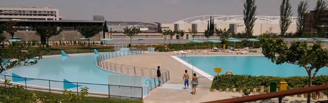 Horarios y precios 2016 de las piscinas de verano de zaragoza for Horario piscina alaquas