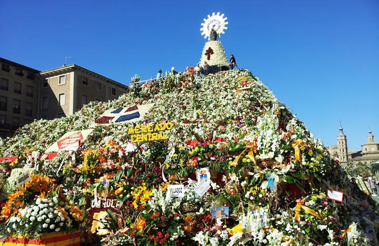 Orden de salida en la Ofrenda de Flores a la Virgen del Pilar de Zaragoza en las Fiestas del Pilar 2014 el día 12 de Octubre