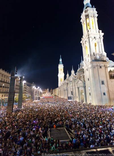 Maxima FM en la Plaza del PIlar de Zaragoza