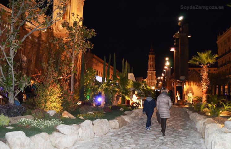 Paseo por el Belén de la Plaza del Pilar de Zaragoza