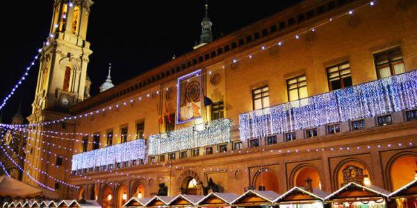 La muestra navideña en la Plaza del Pilar de Zaragoza