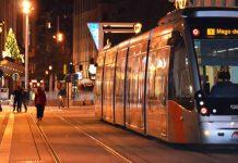El tranvía y los autobuses de Zaragoza modifican su horario y sufren refuerzos o cortes durante la Navidad