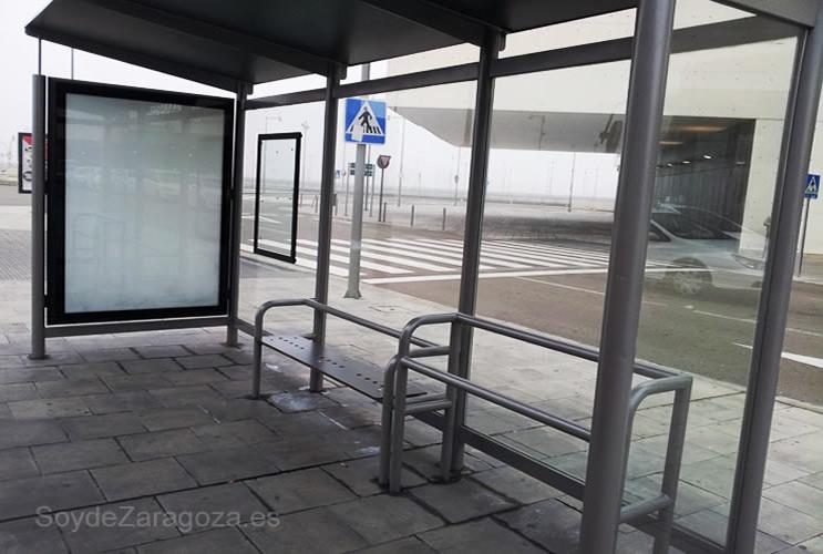 Marquesina en la zona de llegadas de la estación de Delicias