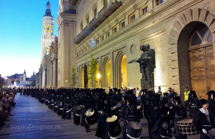 Procesión del Santo Entierro en la Semana Santa de Zaragoza