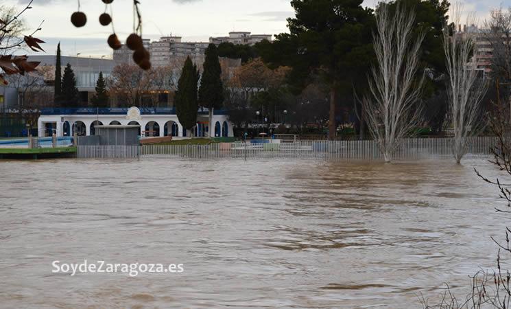 La zona de entrada a Helios cubierta por el agua