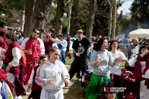 Interpeñas celebra la Cincomarzada en el parque Torre Ramona