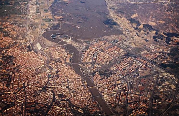Zaragoza desde el aire