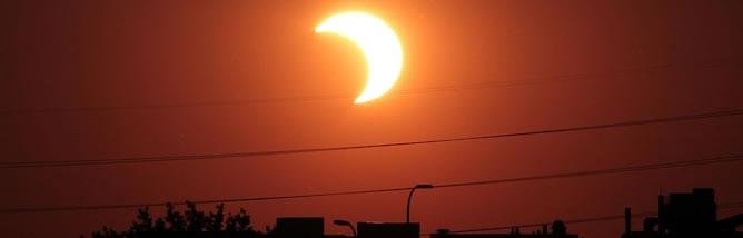 imagen-de-un-eclipse-solar-parcial