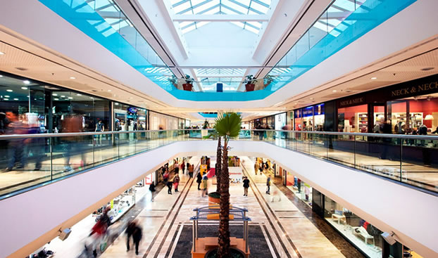 Imagen del interior del centro comercial GranCasa en Zaragoza