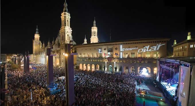 Desfile del Pregón de las Fiestas del Pilar