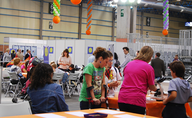 Feria general cumple 75 a os en las fiestas del pilar 2015 for Feria outlet zaragoza