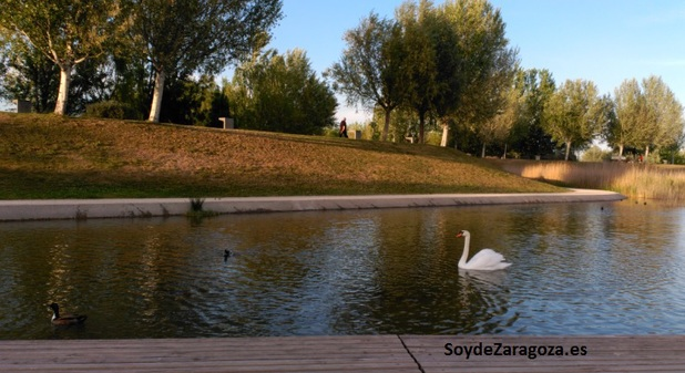 parque-del-agua-lago