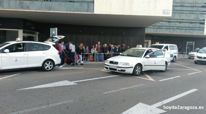 taxis-estacion-zaragoza-trenes