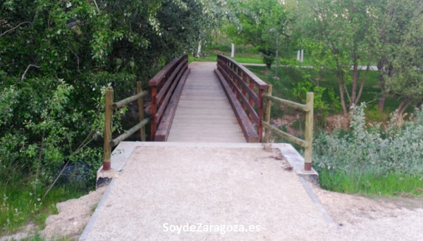 fuente-junquera-zona-verde-zaragoza