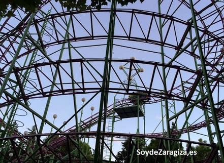 montaña-rusa-parque-atracciones
