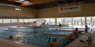 Piscinas cubiertas municipales de zaragoza for Piscina jose garces