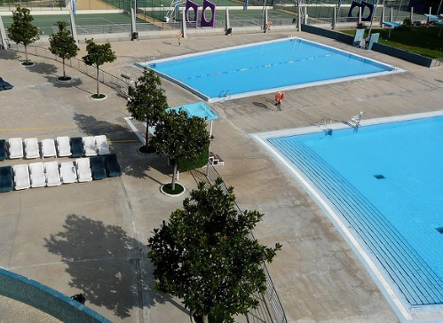 Piscina en el centro deportivo municipal alberto maestro for Tarifas piscinas municipales zaragoza