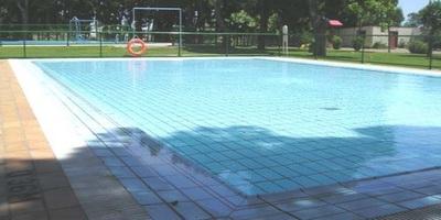 Piscina en el centro deportivo municipal de garrapinillos for Tarifas piscinas municipales zaragoza