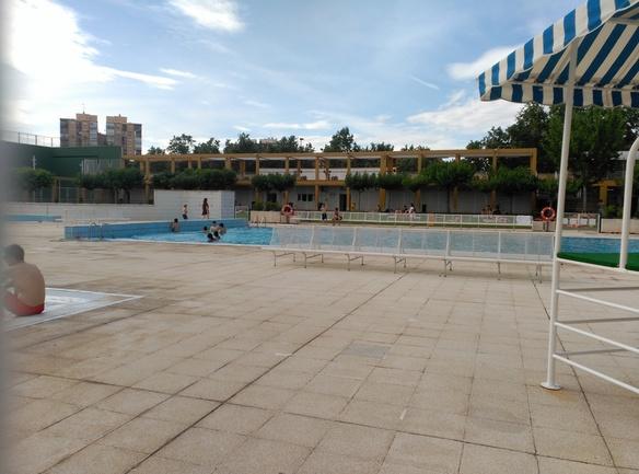 piscina de la jota en zaragoza