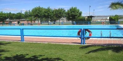 Piscina en el centro deportivo municipal de monzalbarba for Tarifas piscinas municipales zaragoza