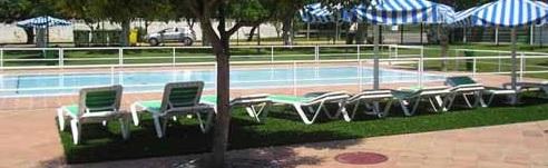 piscina de movera en el barrio