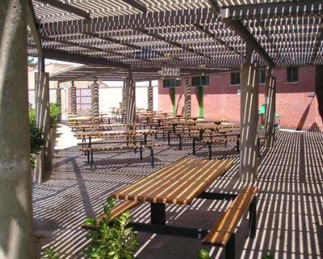 Piscina en el centro deportivo municipal de monzalbarba for Apertura piscinas zaragoza 2017